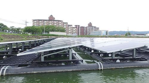 ため池(水上)発電フロートシステム