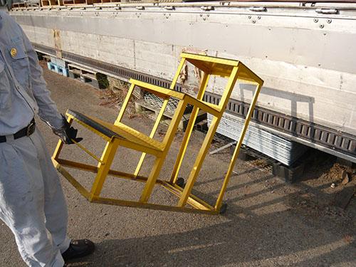 可搬ステップ(移動式階段)